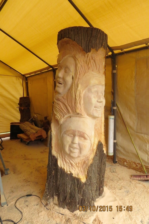 March 10, 2015...Here's the roughing out of the faces for the Grand Kid Log hive.